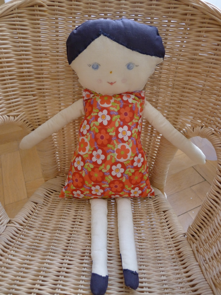 ručně šitá panenka Evelína