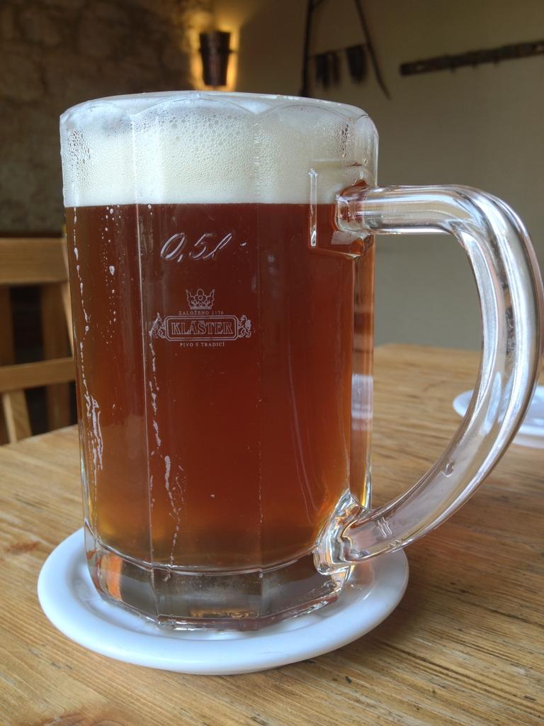 Pivo v Břevnovském šenku