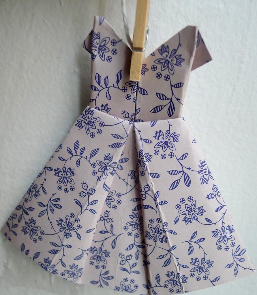 Girlanda - retro šaty