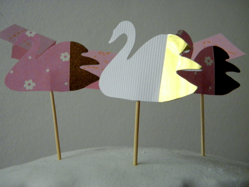 papírové labutě